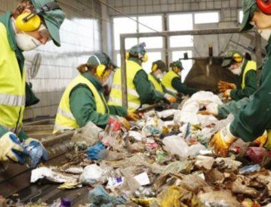 Jak są segregowane odpady? – Fabryki w Polsce